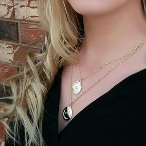 Accessories - STAR LOVE layered necklace - GOLD